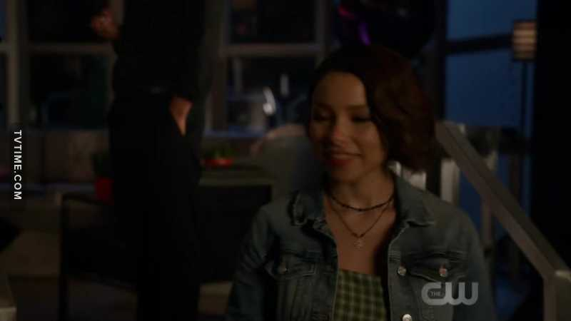 i have a feeling iris from the future sent nora to save barry.