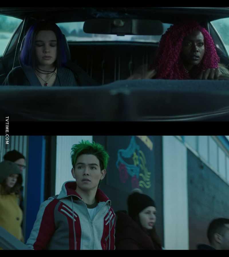 Só os cabelos da Estelar, Ravena e Mutano tem mais cor que o todo o universo DC no cinema kkkkkkk ✨😍✨