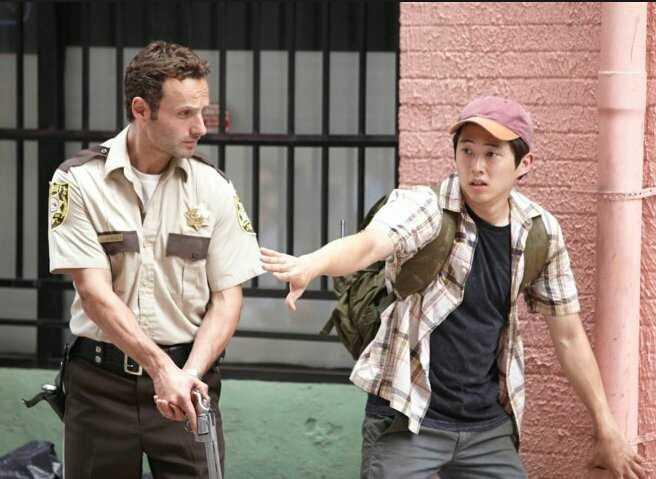 """''você não estaria vivo se não fosse encontrado por Glenn."""""""