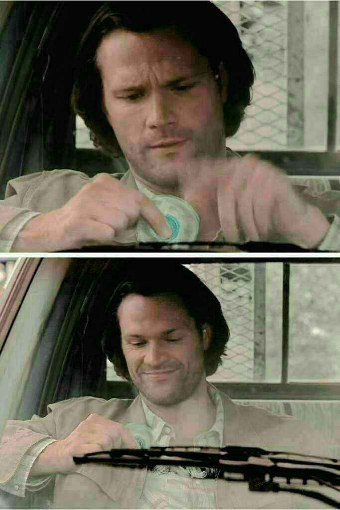 We saw a piece of Jared in this episode of Sam 😊😊
