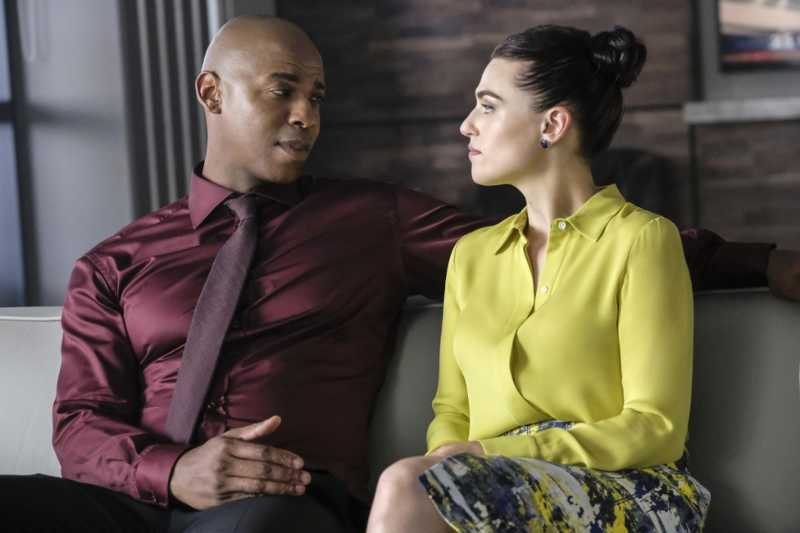 Does it make me a horrible person if I hope that Lena and James have finally broken up? I never shipped them, she deserves someone more interesting