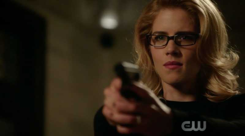 """""""You're not the Felicity Smoak that I remember"""" """"She couldn't catch Diaz, maybe this one can"""""""