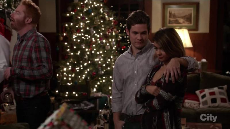 finally together yes - Modern Family Christmas