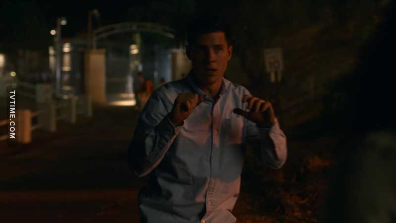 Vaughn the Brawn. The M.V.P of this episode. They wouldn't have been able to save Karolina without him.