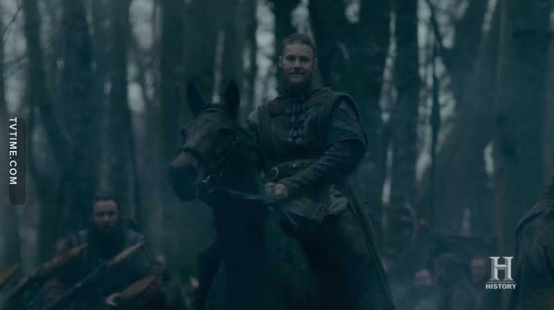 I always thought of him as a follower unable to act by his own..he has been shadowed by Ivar, then Bjorn.. but damn, he RULES this season. Of all sons of Ragnar he reminds me Ragnar the most I'm glad he finally got more attention🙏❤️
