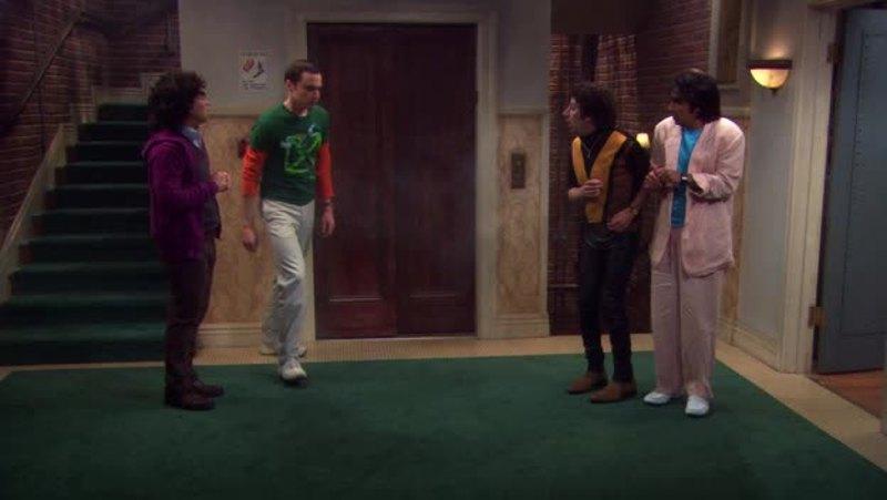 Sheldon the hero 😂😂