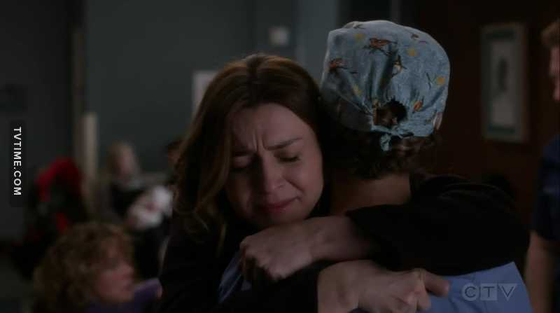 Amelia hugged Teddy in such a spontaneous way PROTECT HER AT ALL COSTS♥