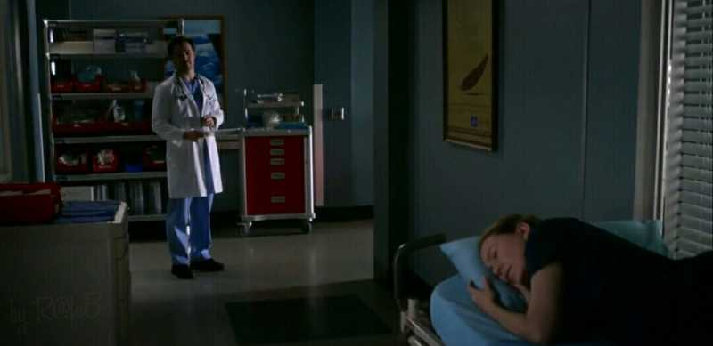 """Rule number 3, if I'm sleeping don't wake me, unless your patient is actually dying"" (Season 01) 😂😂"