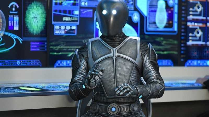 Holy crap!! I didn't see this coming at all, what a great twist. I just hope Isaac decides to turn on his people and aid the Orville's crew. All this time people have thought the Krill were going to be the main antagonists, but it might turn out Isaac's people are the biggest threat to the Union.