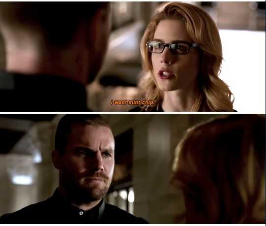 I can't stop laughing hahahah  pregnant Felicity is so cuteeee