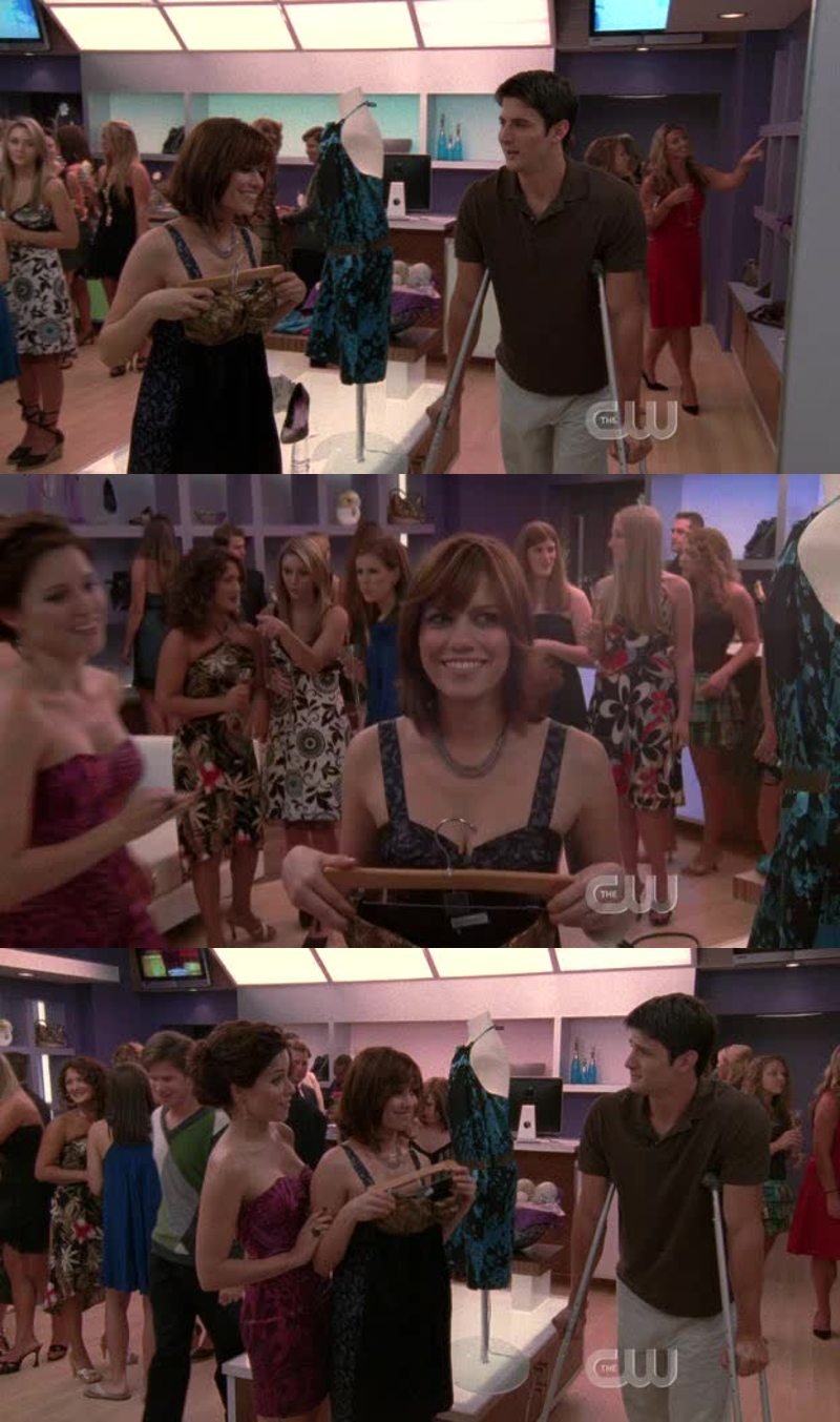 love this little moment between nathan and haley