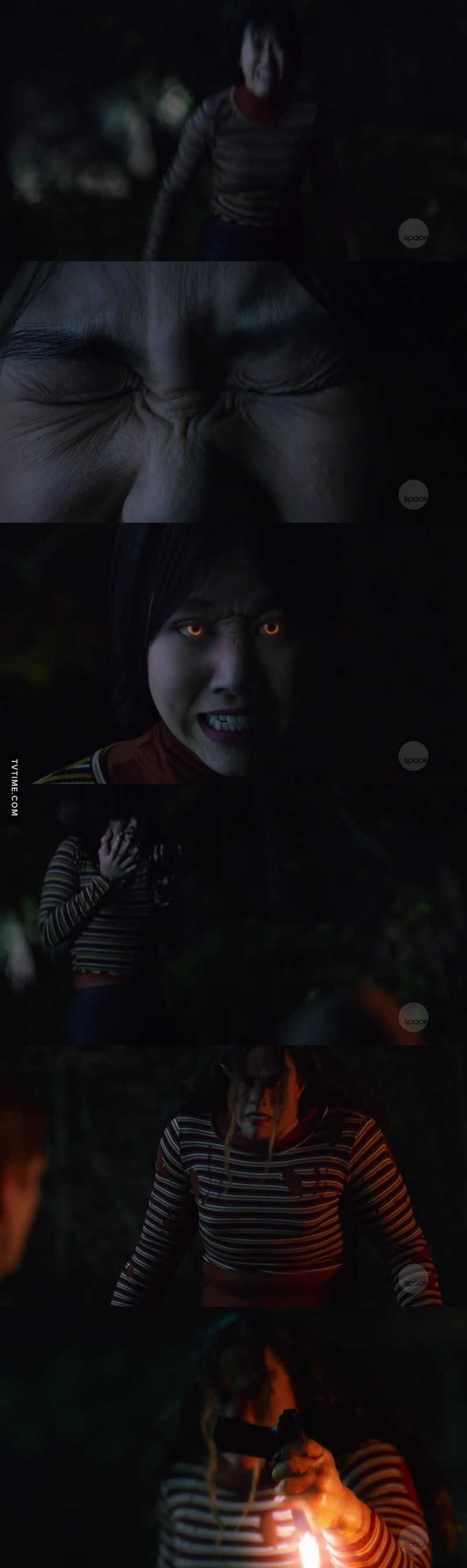 WHOAAAA! WTF? So Mona getting scratched by the Kaupe has given her the ability to transform into one when she is threatened now??? That was some freaky intense shit right there!!! Damnnnnnnnnn! 😱😱😱