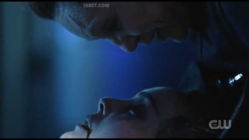 Even not knowing who the girl is, I found that death so sad and touching....Death is everywhere in this serie.