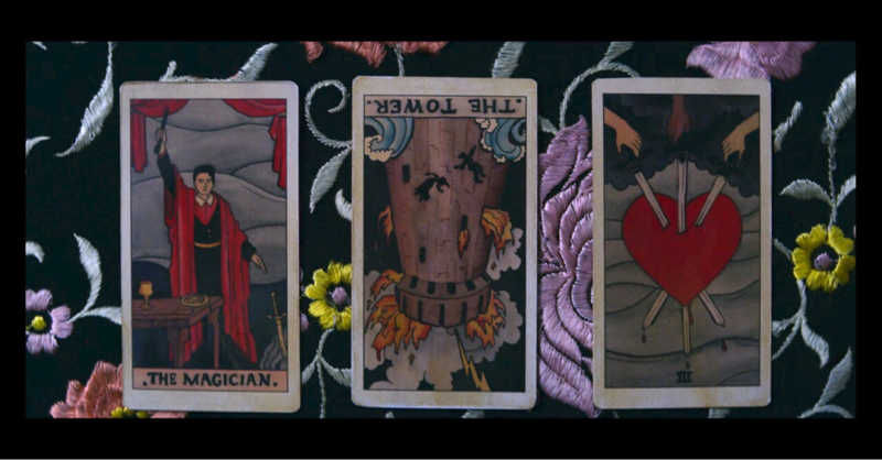 As a Tarot reader I really enjoyed this episode 🔮 (some readings were off but I guess they did that to fit the plot).