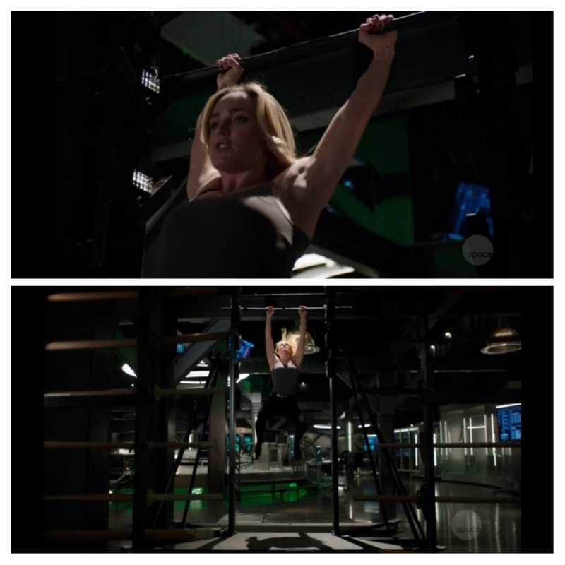 This workout scene is fav of whole series. 1st by Oliver then Barry then Sara...... 😉😋🥰