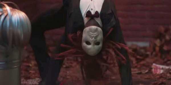 That flexible guy is so freaking creepy!!