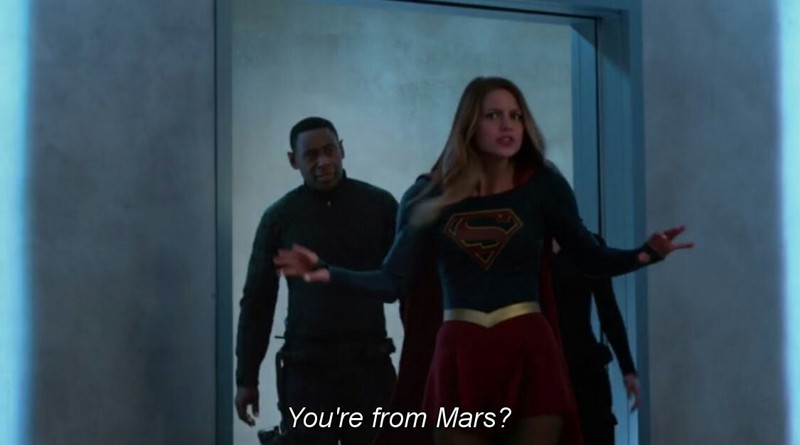 That moment!!! I've never seen Kara that surprised ever! Martian manhunter takes the show to a whole new level!!!