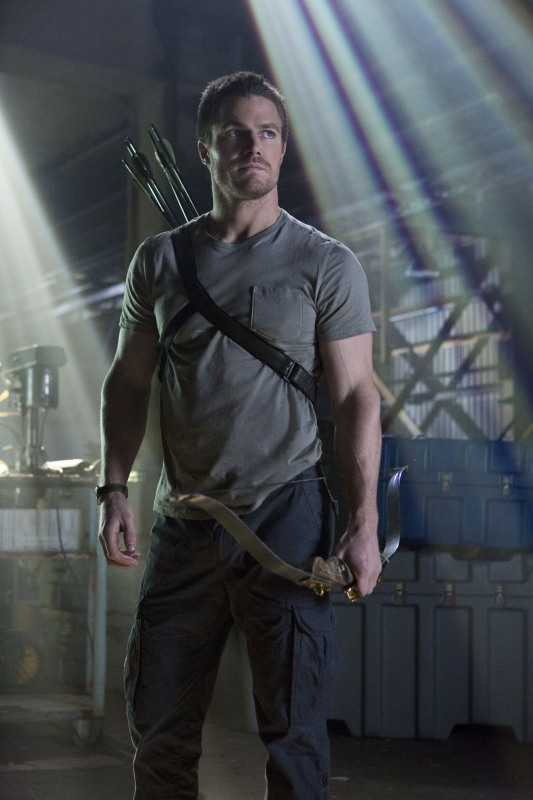 It's been a long journey with it's ups and downs but Oliver finally became the hero he ment to be. Don't be sad Felicity, part of the journey is the end.  I want to see what happens to Oliver in the short season, but this is the actual Arrow ending and it's great!