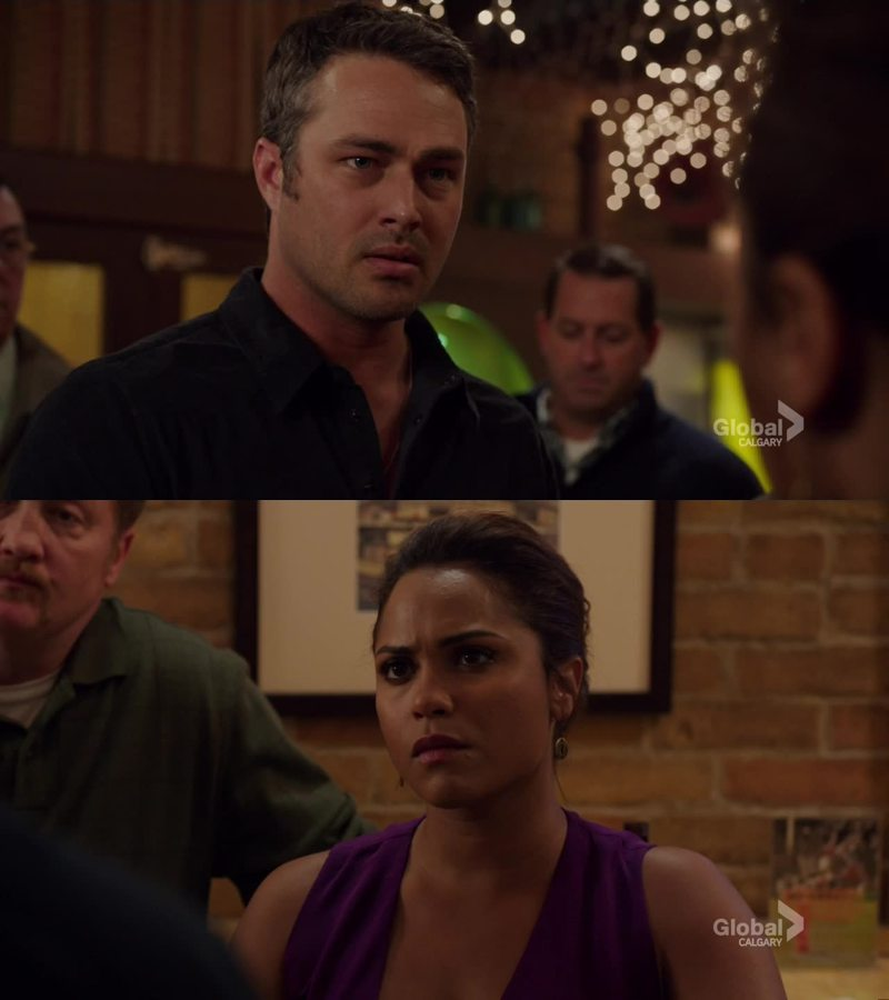 Awww the face he looks at her when she tells him to go find somewhere else to drink 😩😩😫😫