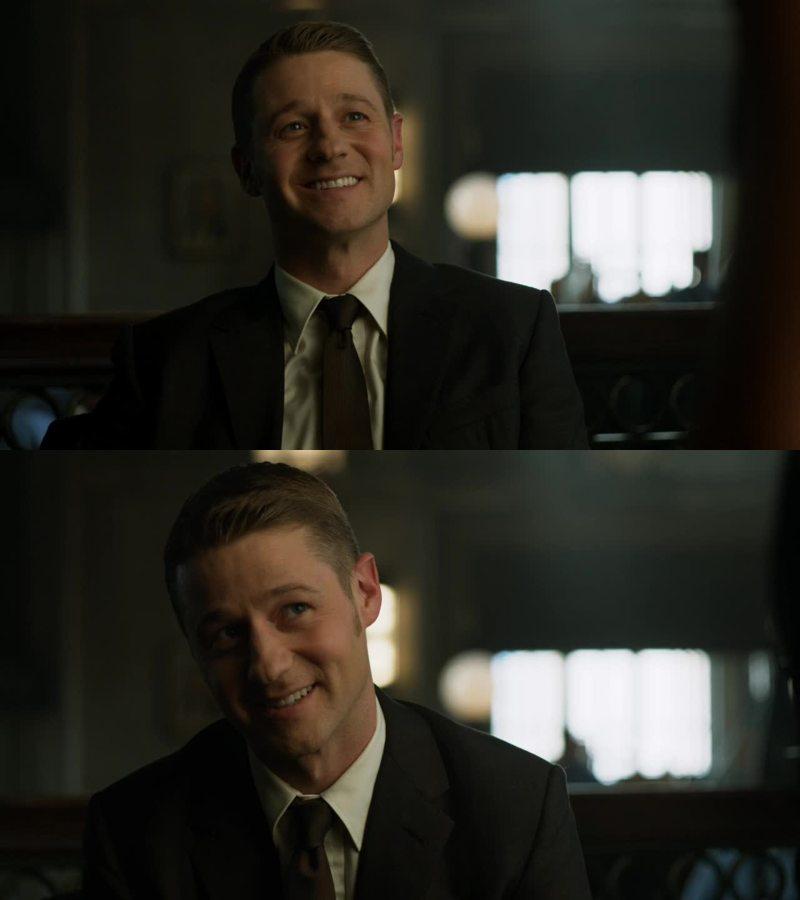 Il.suo.sorriso.   AIUTATEMI!