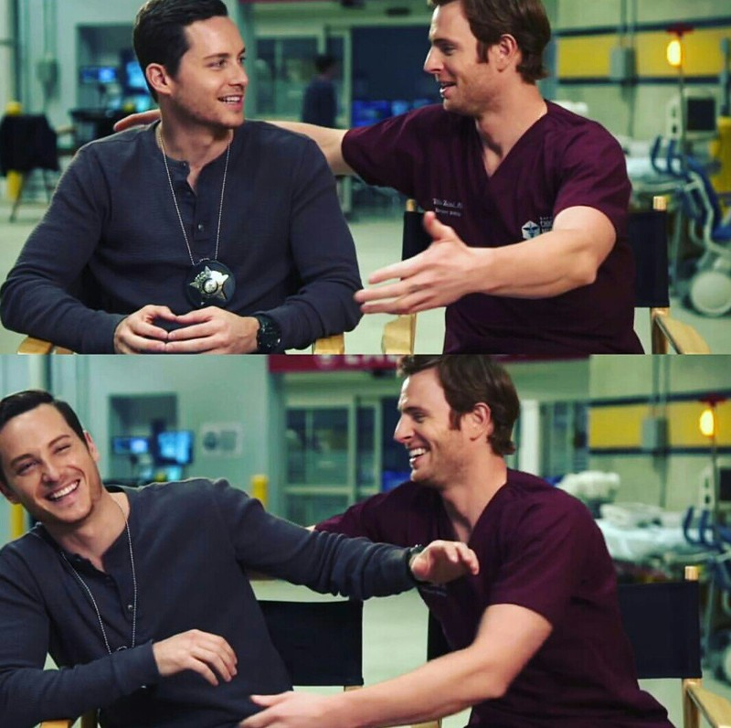 What is it about the Halstead brothers that just makes me swoon? 😍😍😍