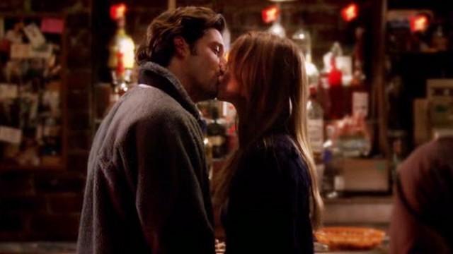 - Hi, I'm Derek Sheperd  - Hi, I'm Meredith Grey  - Nice to meet you.  - Nice to meet you too.