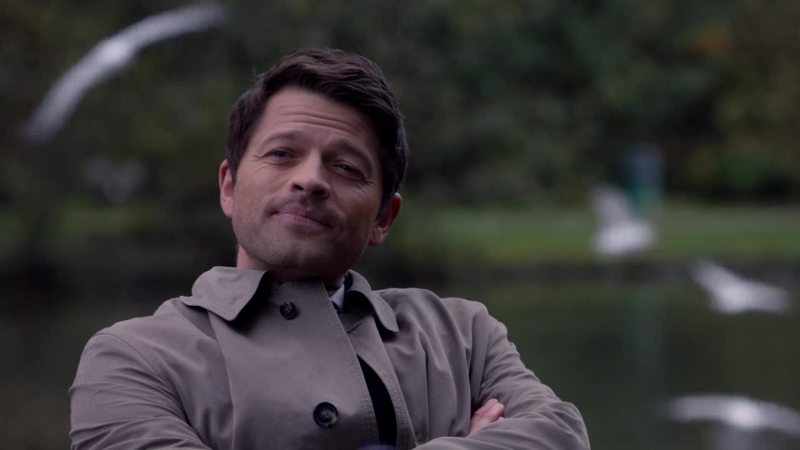 This man needs recognition for his work. Playing perfectly Lucifer pretending to be Castiel.