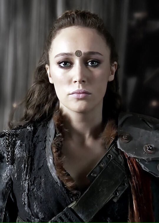 Heda is back ⚔