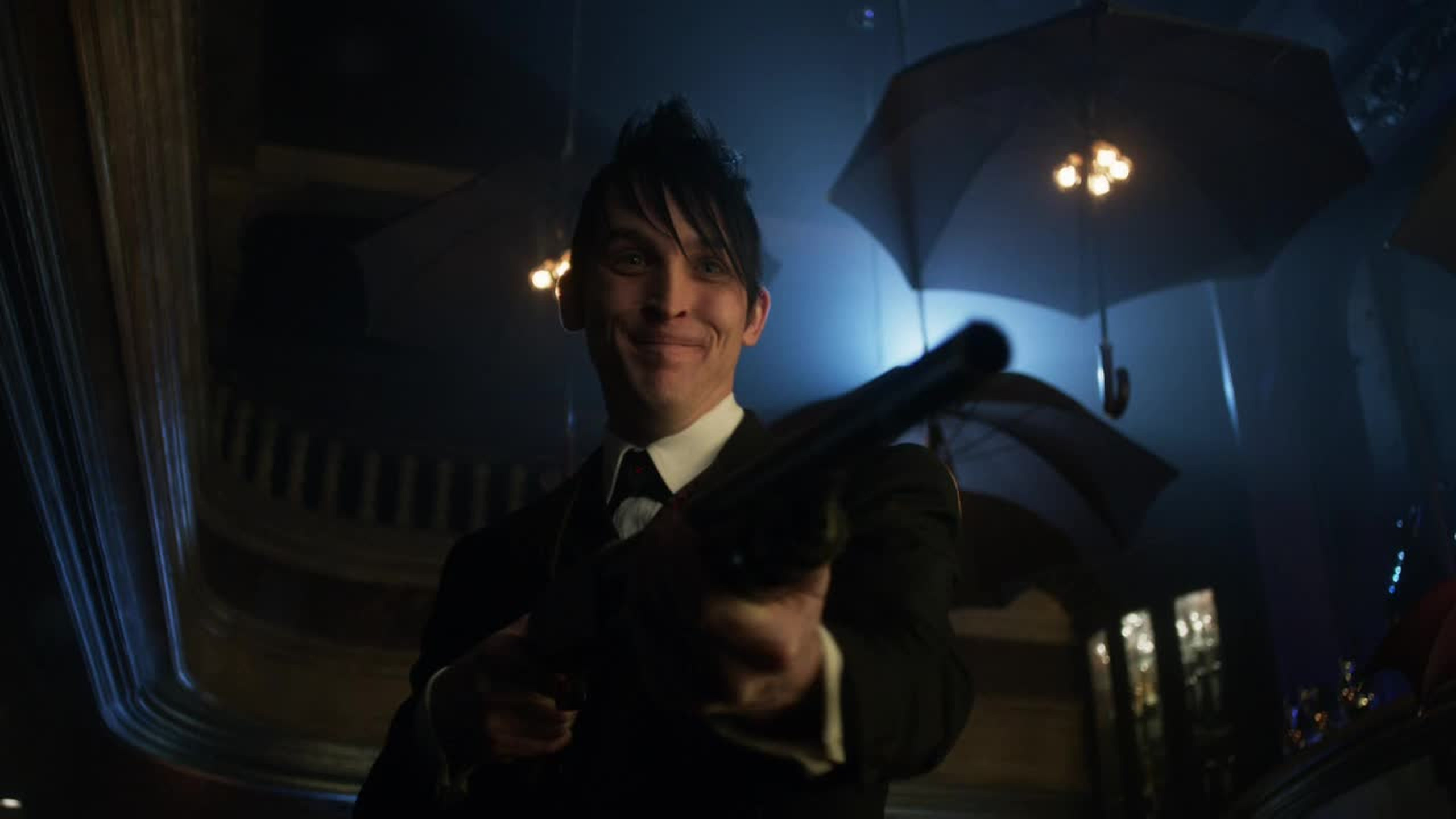 This show has instilled a newfound love of the Penguin. His actor seriously deserves an award.
