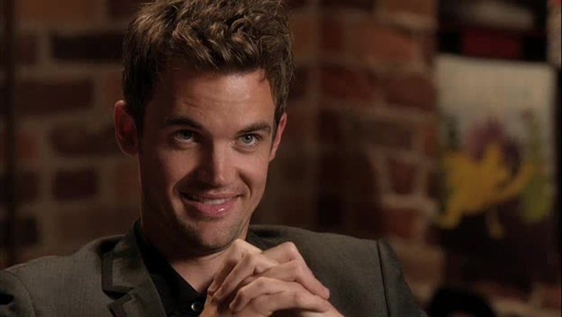 I really missed Chris Keller !! He's awesome and funny !!!! 😘😘😘