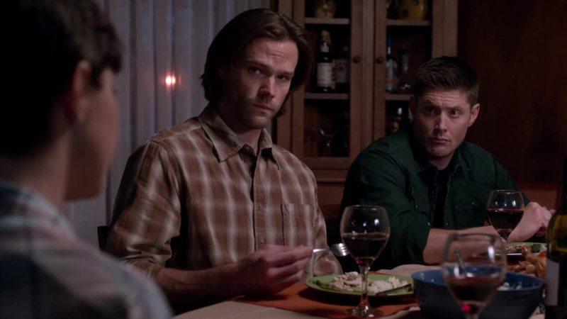 Weird talking, eating chicken, the family dinner!