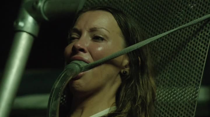 Laurel est vraiment excellente... surtout quand elle ne l'ouvre pas :-d