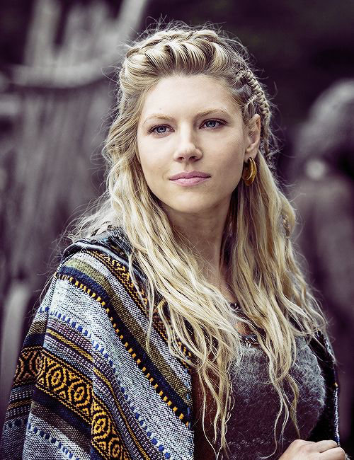 Bjorn: Don't take any more shit. Lagertha: Who do you think I am?  SLAY QUEEN