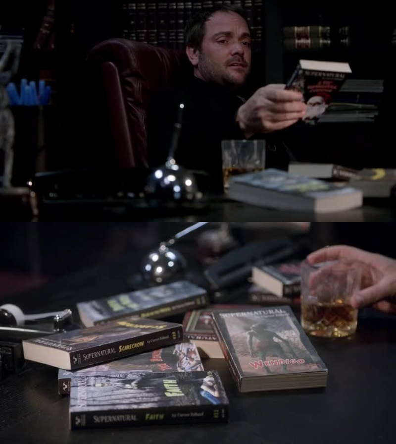 Imagine Crowley reading the supernatural saga.. Hahah  He would be amazing ad a fangirl (?)
